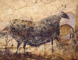 実物大で再現される壁画「黒い牝ウシ」© SPL Lascaux international exhibition