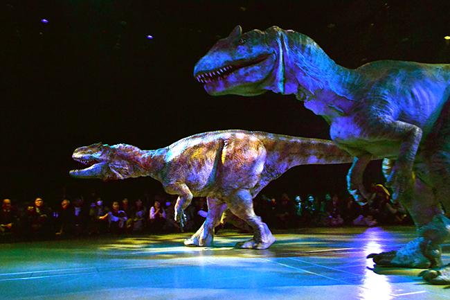 2017年ゴールデンウィークにティラノサウルスとトリケラトプスが激突!体験型恐竜ライブショー「DINO SAFARI(ディノ サファリ)」に行ってきた!