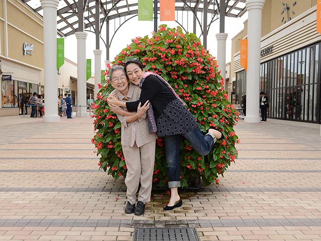 7月第4日曜日の「親子の日」に写真家ブルース・オズボーン氏が親子を撮影!参加者募集中!写真家ブルース・オズボーン氏の「親子撮影会」!