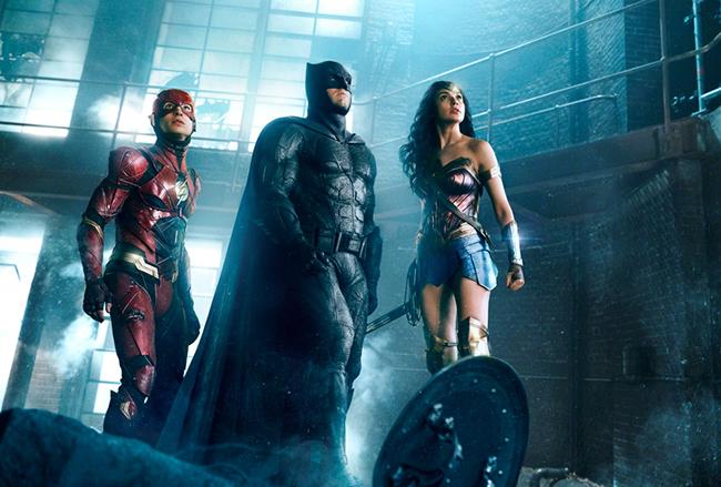 子どもたち大興奮!バットマン、ワンダーウーマンなどDCが誇る最強の超人たちが集結!ジャスティス・リーグが2017年11月23日(木・祝)全国ロードショー!