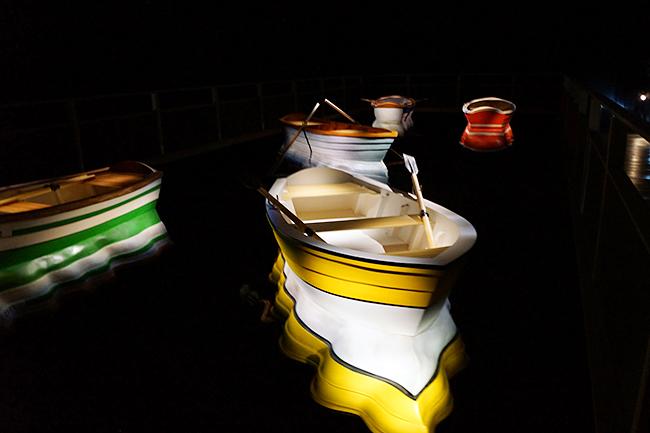 ゲストに女優でありフィギュアスケーターでもある本田望結さん、本田紗来さん姉妹が登場!全作品撮影OK!インスタ映え間違いなし!フォトジェニックな作品が集まる、子供も楽しめる体験型現代アート展「レアンドロ・エルリッヒ展」に行ってきた!東京・六本木の森美術館で2018年4月1日(日)まで開催!