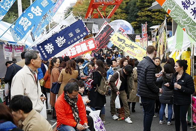 お寿司の無料配布など子供も大喜び! 東京タワーの秋の恒例グルメイベント「おんせん県おおいた「地獄蒸し祭り」in 東京タワー」