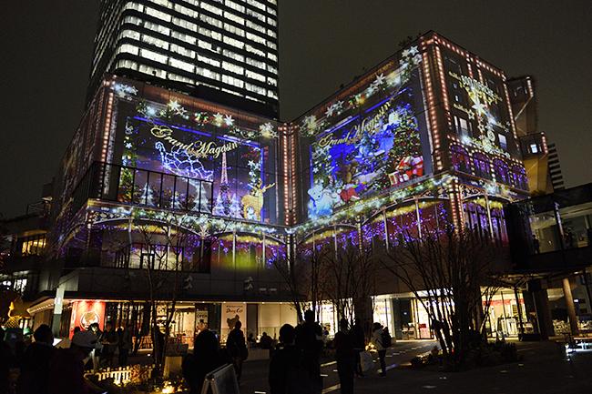 2017年12月2日(金)〜12月25日(月)まで開催!東京スカイツリータウンの壁面約100メートルがスクリーン!子供と一緒に幻想的な光に包まれよう!東京スカイツリータウンプロジェクションマッピング