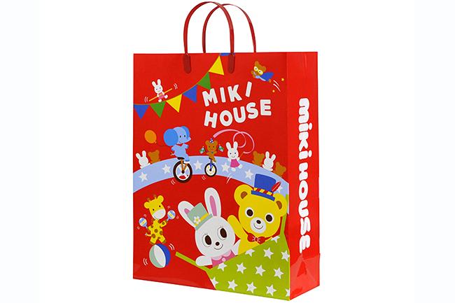子供が喜ぶキッズ・ベビー向けブランドもお得に!2018年1月1日から「プレミアム・アウトレット」で新年初売り&冬のバーゲン開催!