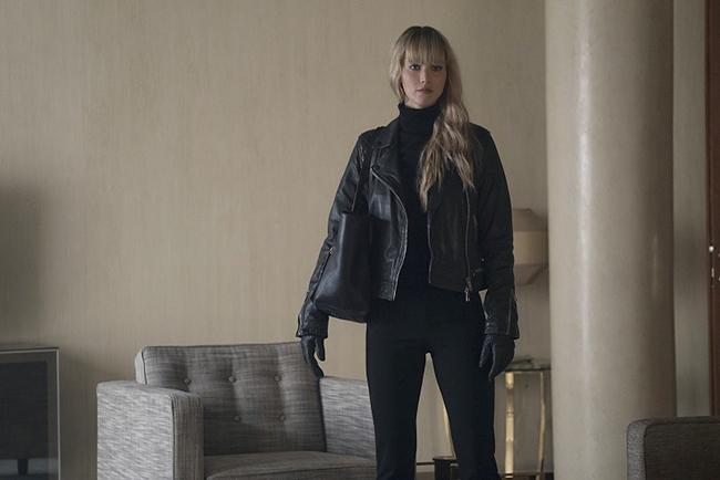 ジェニファー・ローレンスがハニートラップを仕掛ける妖艶な女スパイに!大国をも揺るがすスリリングな活動を描く映画『レッド・スパロー』が2018年3月30日(金)全国ロードショー!『レッド・スパロー』の作品紹介。
