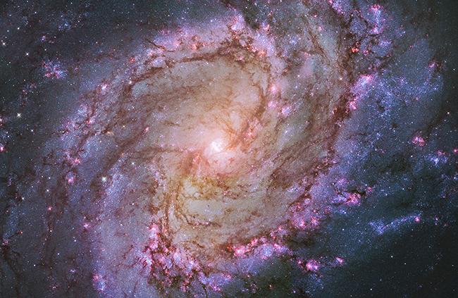 子供たちも宇宙の美しさに驚く!2018年6月22日(金)〜7月11日(水)まで、FUJIFILM SQUARE(富士フイルム スクエア)で写真展「138億光年大いなる宇宙の旅」〜NASA60周年 天体写真ベストセレクション〜が開催!
