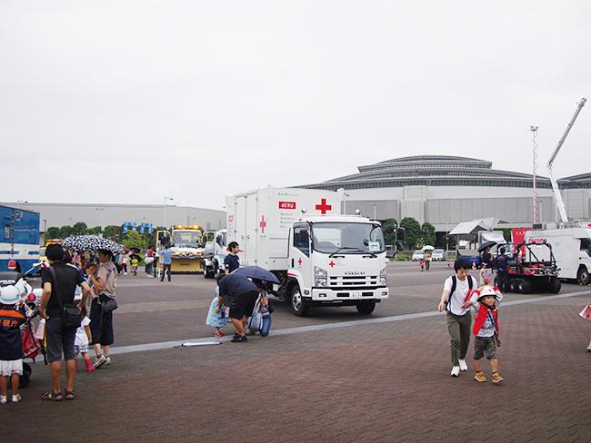 平成最後の「防災の日」にちなみ、2018年9月9日(日)に防災について考える「ぼうさいモーターショー」が開催! 自衛隊や消防、警察などの災害車両が会場に集まり、一部車両においては実際に搭乗体験も可能!
