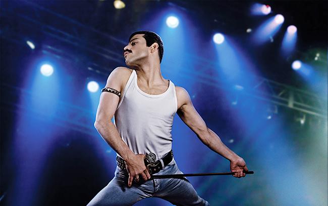 """伝説のロックバンド """"クイーン""""のボーカル、レディ・ガガが「史上最高の天才エンターテイナー」と語るフレディ・マーキュリーの姿を描くミュージック・エンターテインメント『ボヘミアン・ラプソディ』が2018年11月9日(金)に全国公開!"""