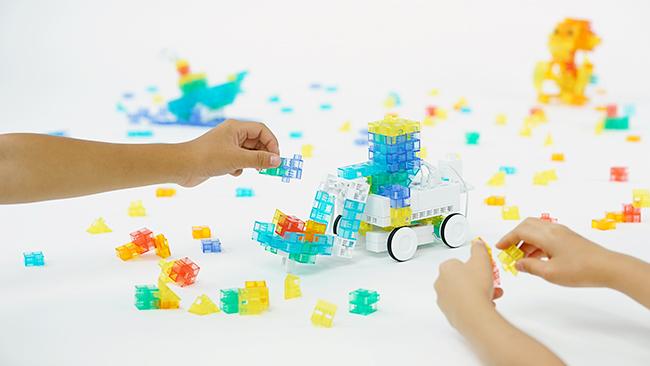 約30の体感プログラムが大集結し、子供たちが五感を使って最新テクノロジーを遊びながら学べる体感できるイベント「御殿山 ART & TECHNOLOGY WEEK 2018」が、2018年10月5日(金)〜8日(月)まで御殿山トラストシティ(東京・品川)で開催!