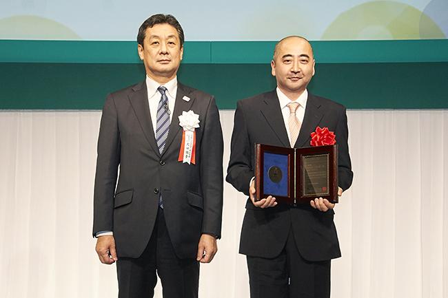 """毎年開催!子供も参加できる、""""心のふれあい"""" をテーマにしたJXTGホールディングスの「JXTG童話賞」。入賞作品は1冊の童話集に。2018年11月16日(金)、入賞者を表彰する「第49回 JXTG童話賞授賞式」がパレスホテル東京で開催!"""