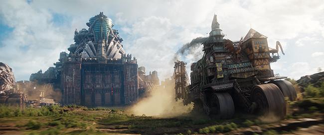 """フィリップ・リーヴのファンタジー小説「移動都市」を『ロード・オブ・ザ・リング』『ホビット』のピーター・ジャクソンが映画化。""""都市が移動し、都市を喰う世界"""" を舞台にした冒険ファンタジー超大作『移動都市/モータル・エンジン』が2019年3月1日(金)全国公開!映画『移動都市/モータル・エンジン』の映画紹介!"""