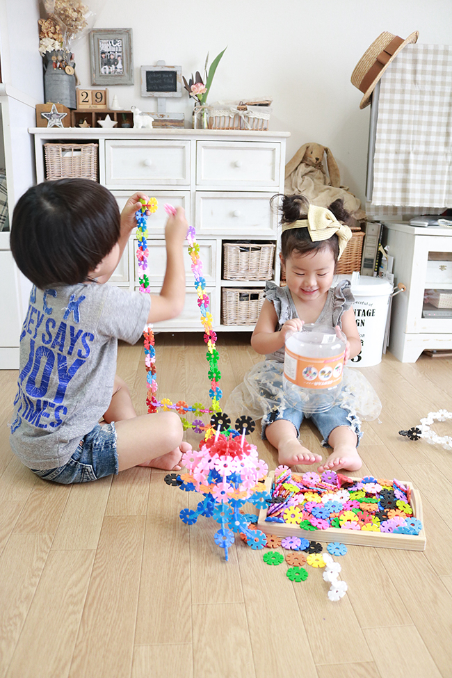 Amazonや楽天で知育玩具カテゴリにおいて上位1〜5位を常にキープしている、子供たちに人気の知育おもちゃ、遊びながら想像力、構成力、集中力を育む世界中で愛されている知育ブロック「ジスター(GESTAR)」をプレゼント!
