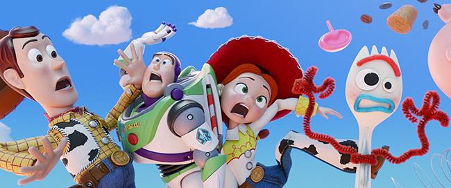 子供たちに大人気!ディズニー/ピクサー最新作『トイ・ストーリー4』が2019年7月12日(金)全国ロードショー! 公開を記念して6月30日(日)に『トイ・ストーリー4』キッズイベント親子試写会(2D・日本語吹替版)を開催! 約20組60名様(親子2名1組もしくは3名1組)をご招待!子供と一緒に親子で映画を楽しもう!