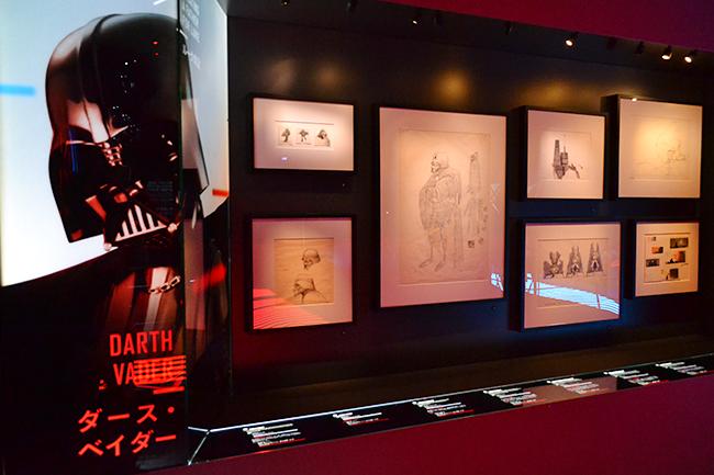 『スター・ウォーズ』の世界を体感できる大規模な世界巡回展「STAR WARS™ Identities: The Exhibition(スター・ウォーズ™ アイデンティティーズ:ザ・エキシビション)」の日本展が、いよいよ2019年8月8日(木)から寺田倉庫 G1-5Fで開催! 開催前日となる8月7日(水)にプレス内覧会が開かれ、STAR WARS™ Identities: The Exhibition(スター・ウォーズ™ アイデンティティーズ:ザ・エキシビション)に行ってきました! 日本展のアンバサダーを務める市川紗椰さん、「ルーカス・ミュージアム・オブ・ナラティブ・アート」アーカイブディレクターのレイラ・フレンチさんが登場、見どころを紹介!