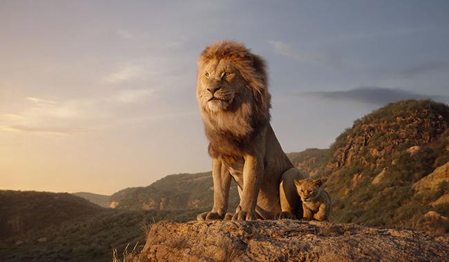 """子供たちも大好きな「ライオン・キング」が世界最高峰のキング・オブ・エンターテイメントへと進化し、実写もアニメーションも超えた """"超実写版"""" 映像で2019年8月9日(金)全国公開!映画の公開を記念して『ライオン・キング』オリジナル ナップサックをプレゼント!"""