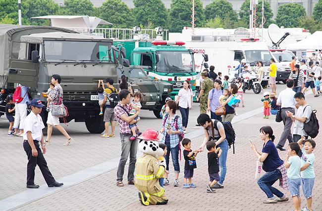 子供たちも大好きな、災害時に活躍する車が大集合する「ぼうさいモーターショー」が、2019年9月23日(月・祝)、国営・都立東京臨海広域防災公園で開催!実写版映画「THE NEXT GENERATION パトレイバー」の警察用ロボット『98式AVイングラム』も特別展示!