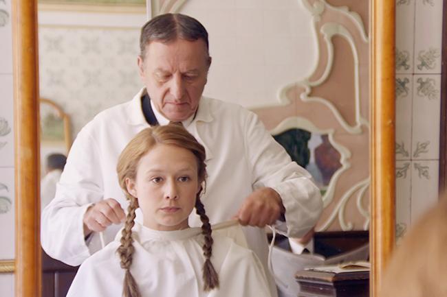 「長くつ下のピッピ」「やかまし村の子どもたち」「ロッタちゃん」の著者でスウェーデンを代表する児童文学作家、アストリッド・リンドグレーンの若き日々を描いた伝記映画『リンドグレーン』が、2019年12月7日(土)より岩波ホールほか全国公開!