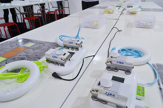 ペーパークラフトの月面探査車をつくり、自動運転のプログラミングをしよう!(第46回東京モーターショー2019)