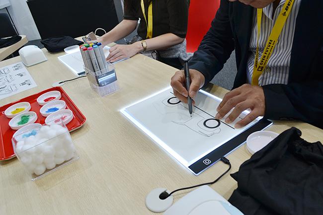 三菱は専門のデザインツールを使ってクルマをデザイン(第46回東京モーターショー2019)