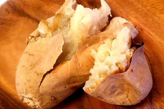 全国有名店の焼き芋を食べ比べ、人気投票でNO.1を決める『やきいもグランプリ』が2019年11月30日(土)〜12月1日(日)の2日間、T-SITE柏の葉で開催! いろいろな焼き芋を同時に味わえる美味しく楽しいイベント、焼き芋好きは見逃せない!