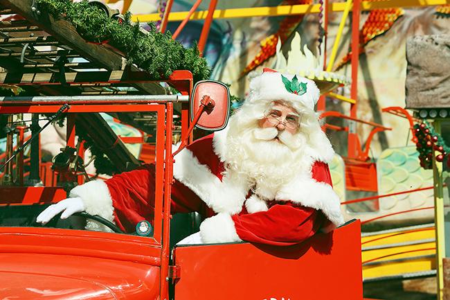 フジフイルム スクエアでは、2019年12月13日(金)〜27日(金)まで、角田明子写真展『サンタさんが いっぱい』を開催!子供たちのために活動する世界のすてきなサンタクロースに会える他、ギャラリートークに撮影スポットスタンプラリーも!