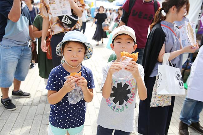"""最高のパンと出会える日本最大級の """"パンの祭典""""「パンのフェス2020春 in 横浜赤レンガ」が、2020年3月6日(金)~8日(日)の3日間、横浜赤レンガ倉庫イベント広場で開催!"""