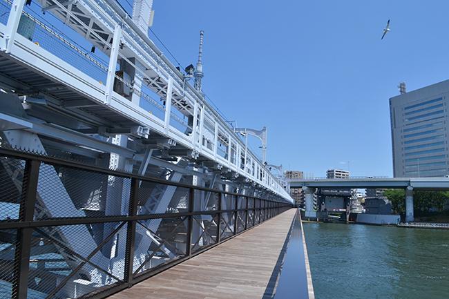 多くの方に人気の2つの観光スポット、浅草エリアと東京スカイツリーエリアを一直線に楽しみながらつなぐ「すみだリバーウォーク」と、鉄道高架下に設けられた新たな複合商業施設「東京ミズマチ®」が誕生! 2020年6月18日(木)に開業、行ってきました!
