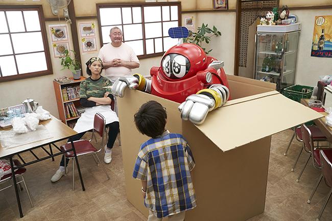 全国の小学生たちに大人気のオールカラー漫画「科学漫画サバイバル」シリーズ初のアニメ映画『人体のサバイバル!』と、最高視聴率29.2%、20年ぶりに復活を遂げる伝説のロボット『がんばれいわ!!ロボコン ウララ~!恋する汁なしタンタンメン!!の巻』が、2作同時上映で2020年7月31日(金)から全国公開!