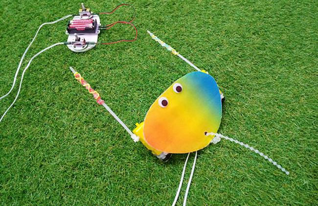 「キッザニア東京」「キッザニア甲子園」では「KidZania Summer2020」の一環として、3歳から16歳を対象にオンラインでイベントに参加できる、夏季限定企画『新種の生きものロボットを作ろう』を2020年8月31日(月)まで実施!