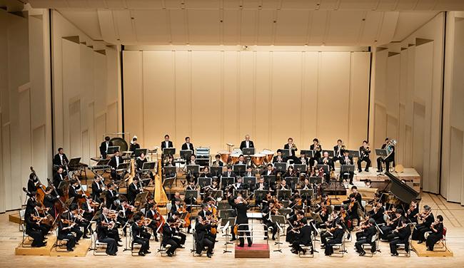 日本を代表するオーケストラ「NHK交響楽団」に、国内外で活躍する音楽家を迎えての豪華プログラムで毎回好評を博している「第177回 NTT東日本 N響コンサート」が、2020年10月31日(土)に初の無観客公演・インターネット配信で開催!