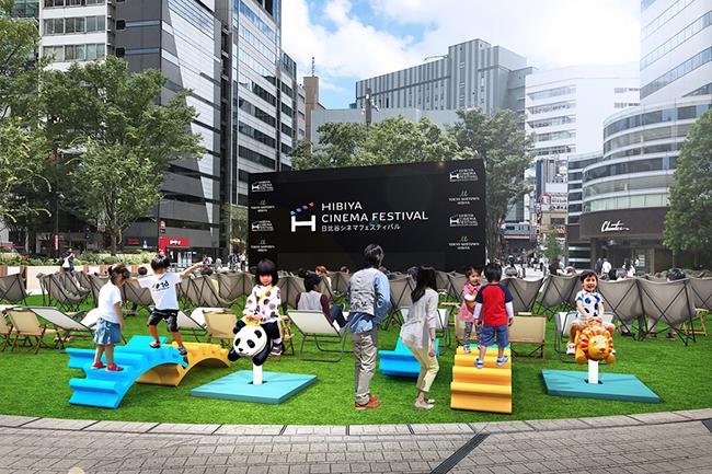 """東京ミッドタウン日比谷は2021年10月22日(金)〜29日(金)までの期間、オープンエアで """"無料"""" の映画鑑賞ができる「HIBIYA CINEMA FESTIVAL(日比谷シネマフェスティバル)2021」を開催!さまざまな視点で新しい映画の楽しみ方を提案!"""